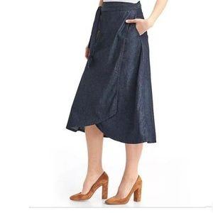 NWT GAP Wrapped Skirt in Denim Rinse